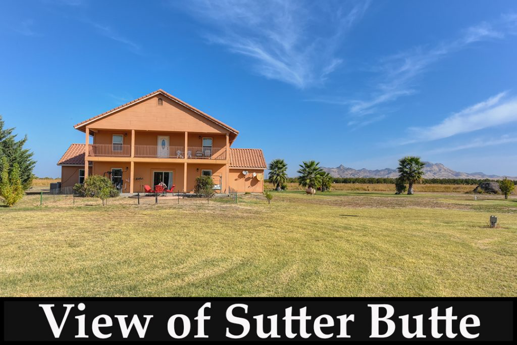 A Country Home with Amazing View/real estate news investment real estate home making